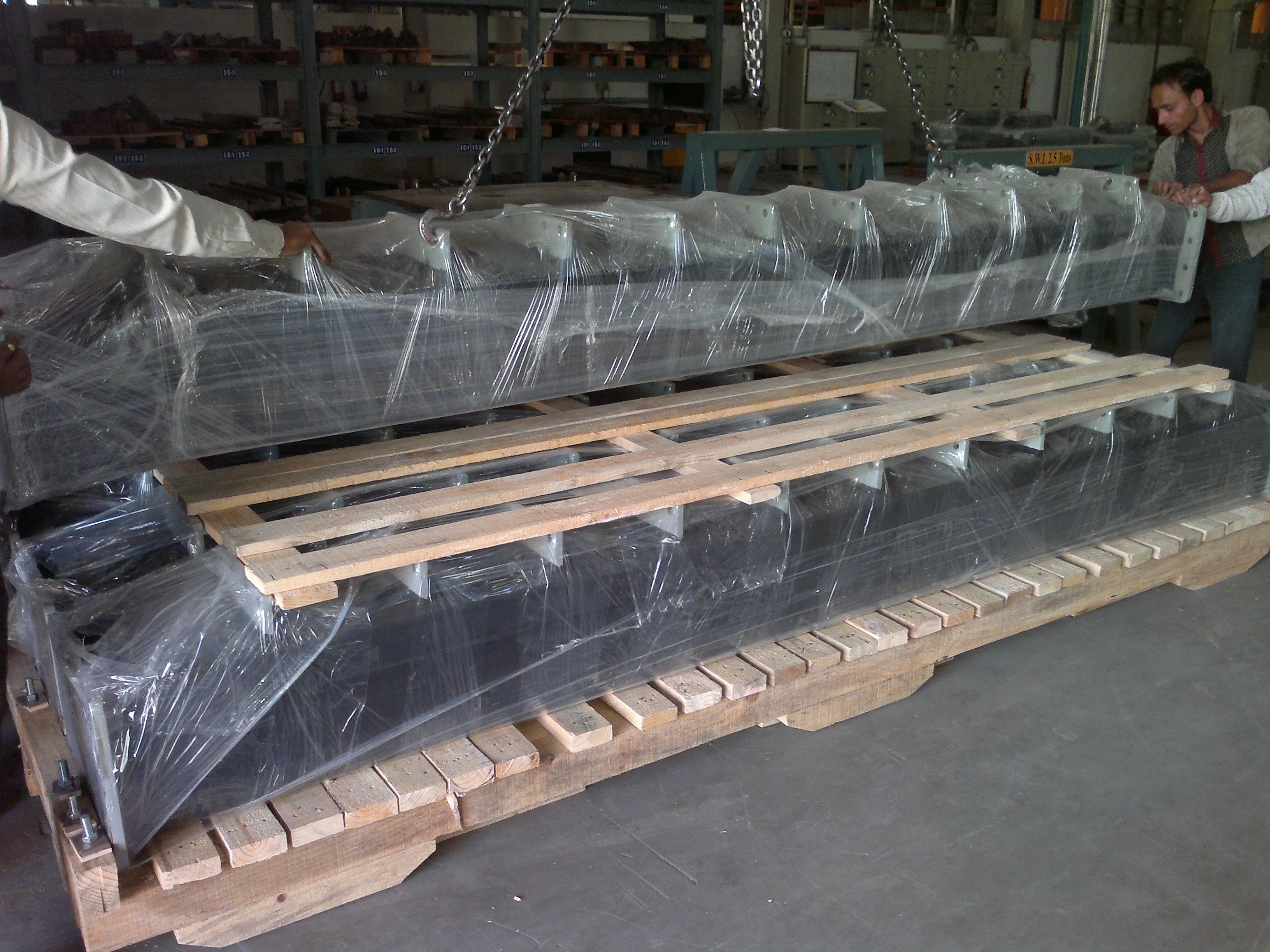 packaging of heavy crossbeams