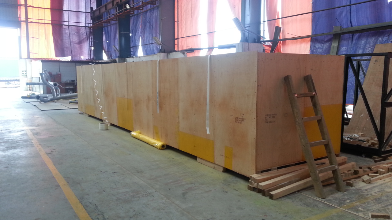 container sized wooden boxes