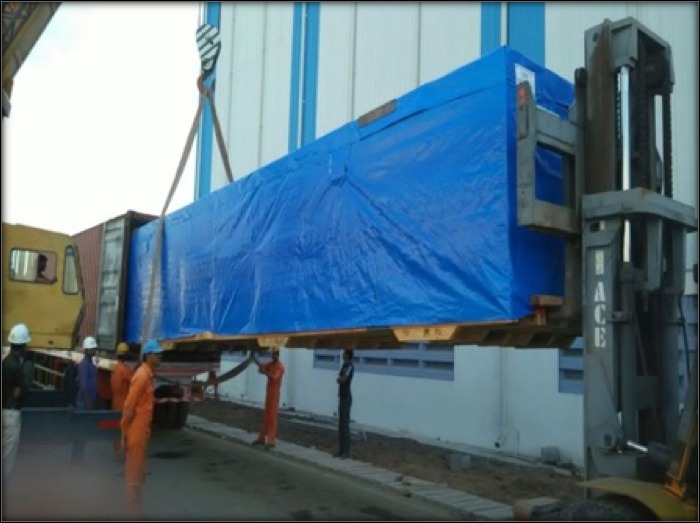 Handling of large boxes